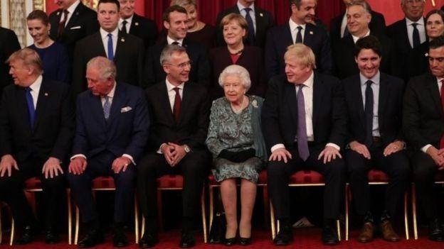 Thủ tướng Johnson đã gặp Nữ hoàng nhiều lần