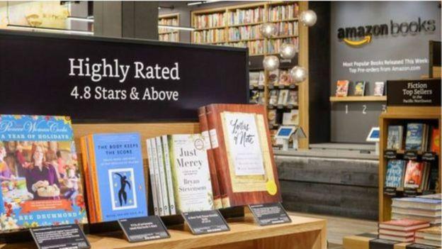 Amazon comenzó su incursión en el mundo físico con librerías.