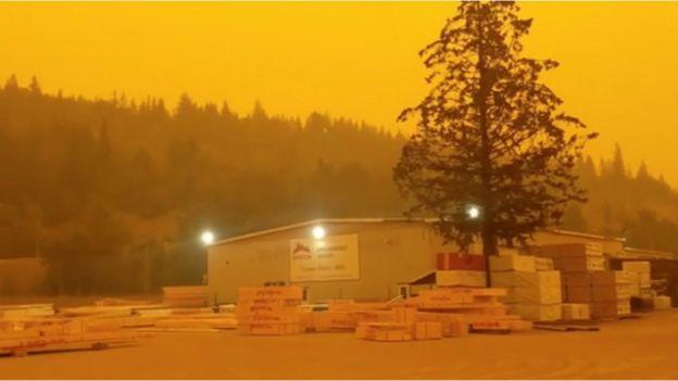 British Columbia wildfires: Smoky skies in western Canada