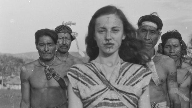 Berta Ribeiro com os Kadiwéus nos anos 1940