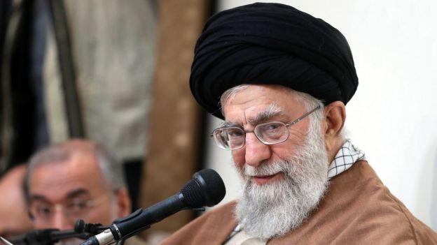 Ayatolá Alí Jamenei.