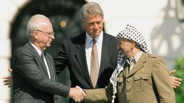 Isaac Rabin, Bill Clinton e Yaser Arafat