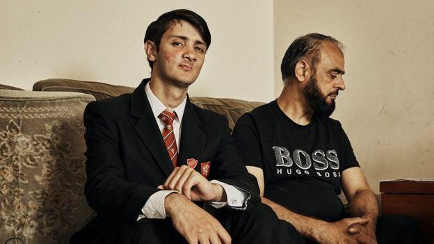 Waleed con su papá
