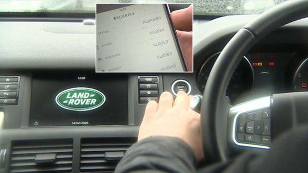 Interior de un Land Rover