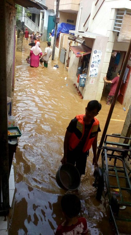 Banjir di Tanah Rendah di Jakarta Pusat pada Selasa (6/2)
