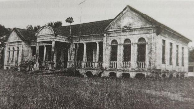 Edificação que fazia parte do campo de concentração de Tomé-Açu