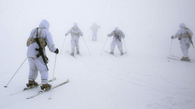 Kayak yapan İsrail askerleri