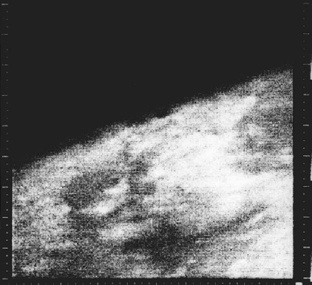 Mariner 4 image of Mars