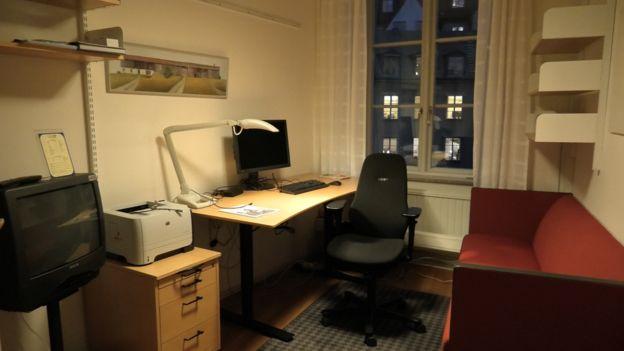 İsveçli milletvekilinin ofisi.
