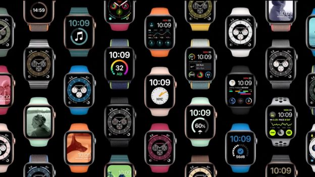 Varios relojes Apple Watch