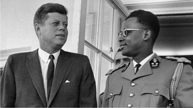 قدمت الولايات المتحدة الدعم لانقلاب عسكري قاده موبوتو سيسي سيكو خلال فترة الحرب الباردة، وذلك نظرا لحرصها على ألا يقع منجم شينكولوبواي في يد السوفيت