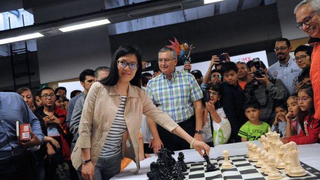 Hou Yifan, ajedrecista china, en Ciudad de México en 2017