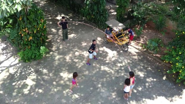 Filhos adotivos de Joana Célia de Oliveira e Olavo Borba