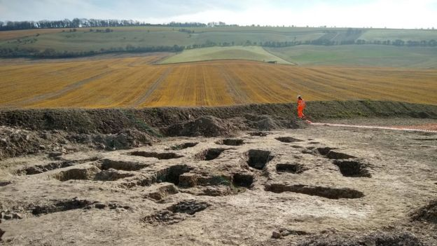 Local onde foram encontrados esqueletos de cerca de 3 mil anos de idade em Oxfordshire