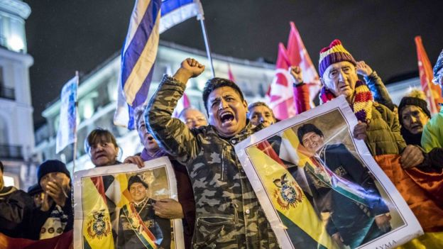 Defensores de Morales en La Paz.