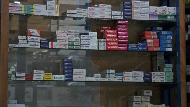 مخاوف من أزمة دواء في مصر بعد قرار حكومي مثير للجدل