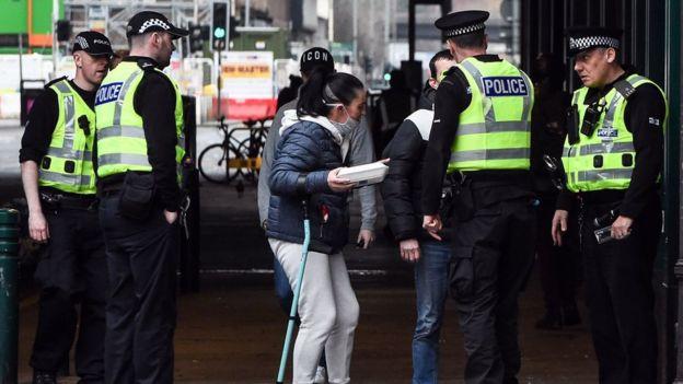 Полицейские в Британии
