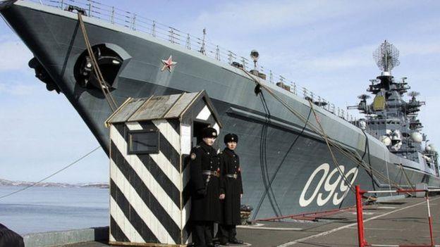 Porta-aviões russo