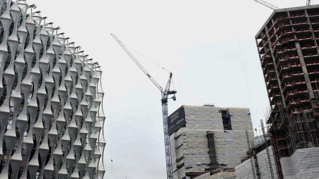 Vista de la nueva embajada de EE. UU. en Londres