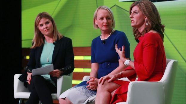 Mujeres en un taller de liderazgo