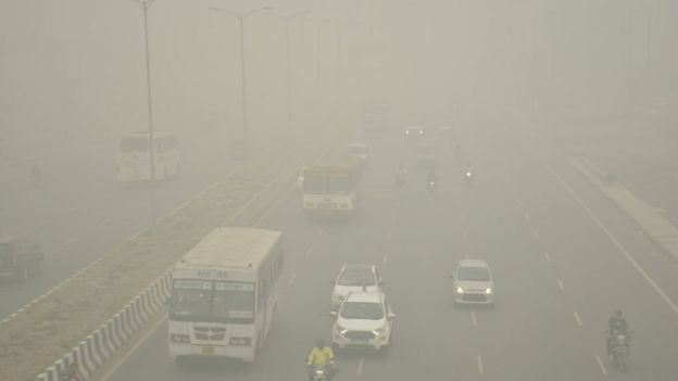 Vehicles ply on road amid heavy smog, at NH 9 road, on November 3, 2019 in Ghaziabad, India.