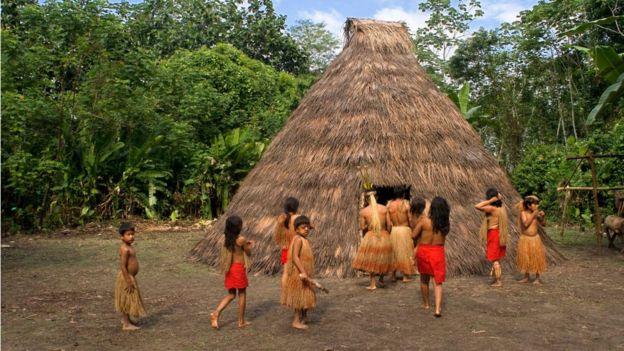 Indígenas en Loreto