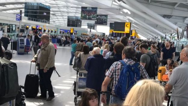 queues in Heathrow