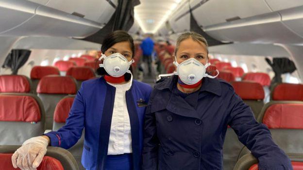 Asistentes de vuelo de LATAM
