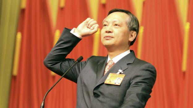 北京市監察委員會主任張碩輔進行憲法宣誓