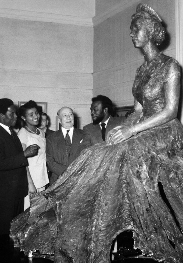 Ben Enwonwu at the unveiling of his portrait statue of the Queen at the Royal Society of British Artists in 1957