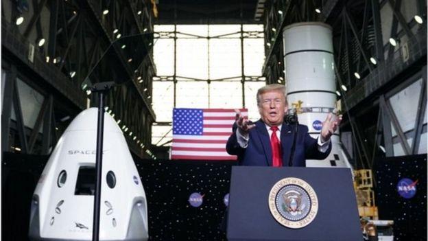 Трамп прибыл на мыс Канаверал, чтобы наблюдать за первым с 2011 года запуском американского пилотируемого корабля