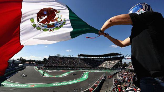 Aficionados en el Gran Premio de México