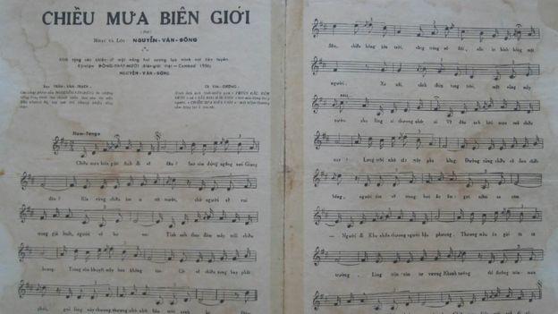"""Bản nhạc """"Chiều Mưa Biên Giới"""" từng do Trần Văn Trạch thể hiện"""