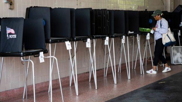 Votação em primária democrata nos EUA