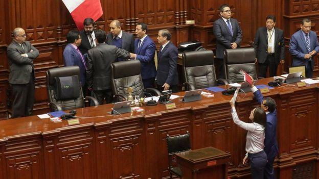 Sessão do Congresso peruano