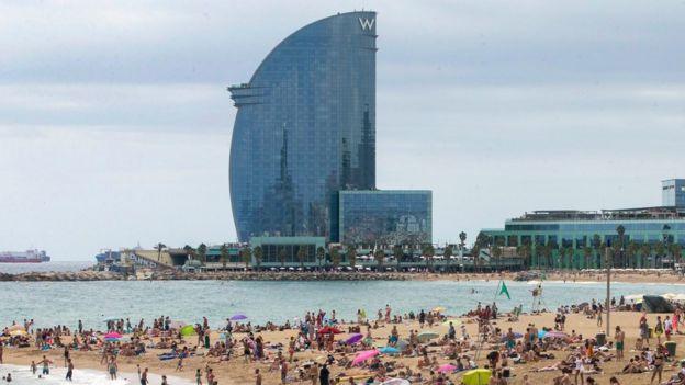 Barcelona turizmi ve ekonomisiyle İspanya'nın en önemli kentlerden biri