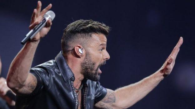 El cantante puertorriqueño Ricky Martin se presenta durante el 61 ° Festival Internacional de la Canción de Viña del Mar el 23 de febrero de 2020