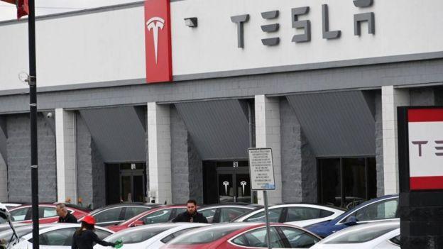 Fremont alberga la sede de Tesla, así como su principal planta manufacturera.