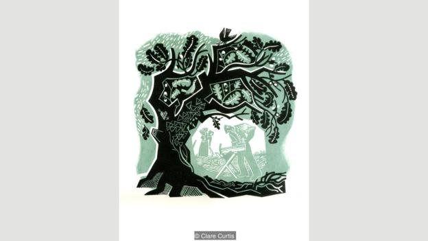 İngiltərənin Suffolk əyalətində yaşayan qrafiker (xüsusi hazırlanmış əşyalarda şəkil çəkən, qrafikaçı) və illüstrator Clare Curtis ağaclar və meşələrdən ilhamlanan müasir rəssamlardan biridir