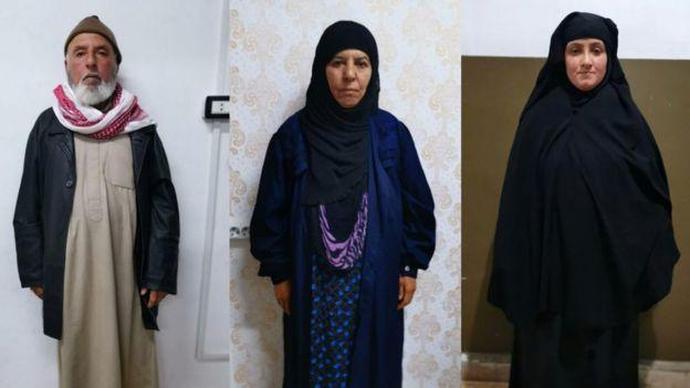 Ebu Bekir el Bağdadi'nin ablası Rasmiya Awad'ın eşi (solda), Rasmiya Awad (ortada), Awad'ın gelini (sağda)