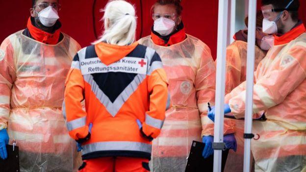 Alemania señaló que tiene la capacidad de hacer 160.000 exámenes por semana para detectar el coronavirus.