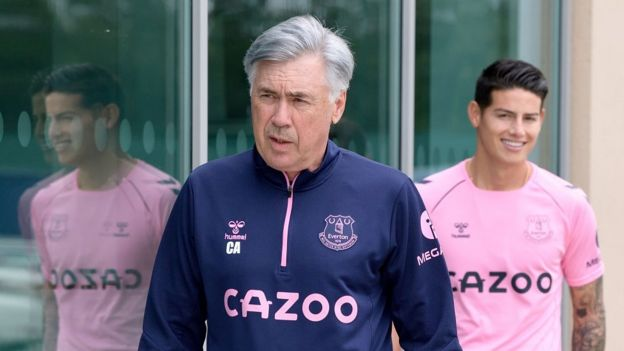 Carlo Ancelotti y James Rodríguez