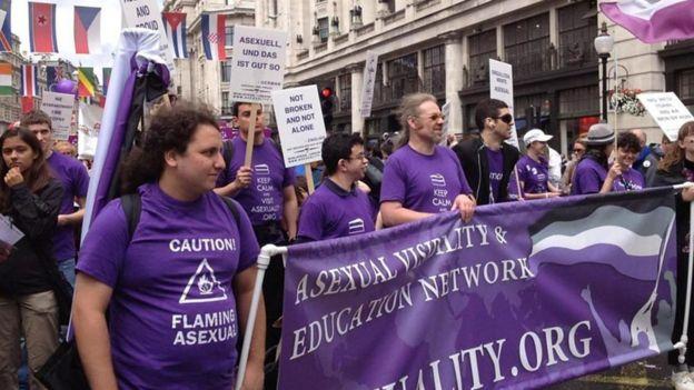 راهپیمایی فعالان ایویایان