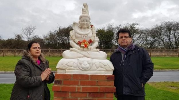 Sailesh Raja with the statue