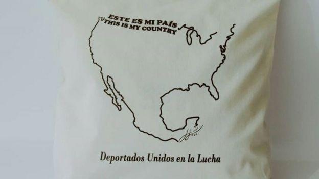 Bolso de Deportados Brand.