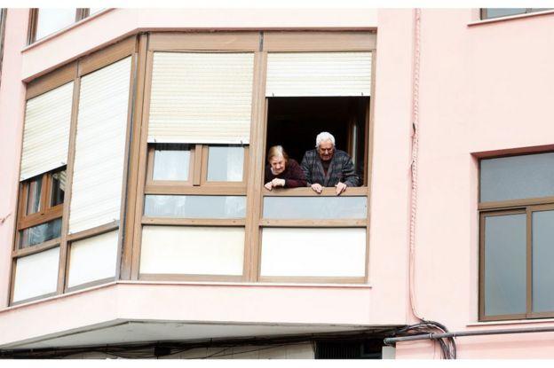 Ancianos en España