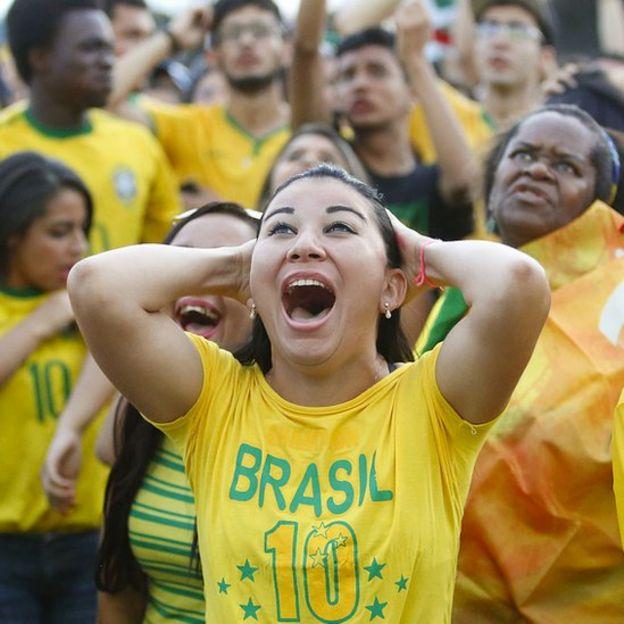 Aficionada brasileña durante la Copa del Mundo de 2014.