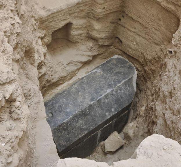 Sarcófago encontrado em Alexandria, a uma profundidade de 5 metros abaixo do solo
