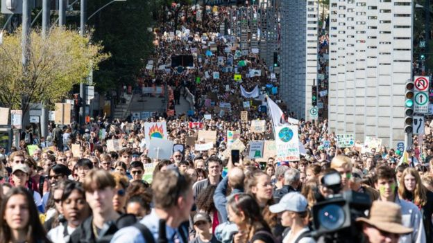 Thousands of Canadians protesting in Montreal against the slow pace of action to tackle climate change
