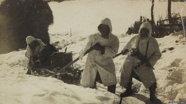 Soldados na neve